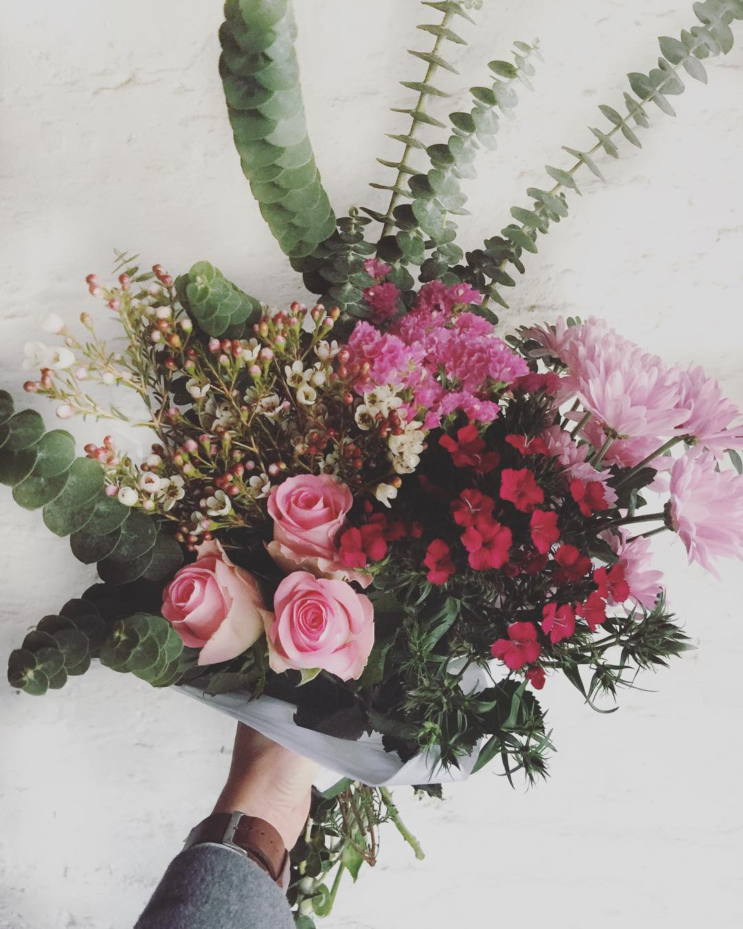 Posies posies posies ?Get your Posy Preorder in for Tuesday, Wednesday or Friday's Posy in! R225 (single) or R450 (double) including delivery within our free delivery zone ? Single Posy pictured.